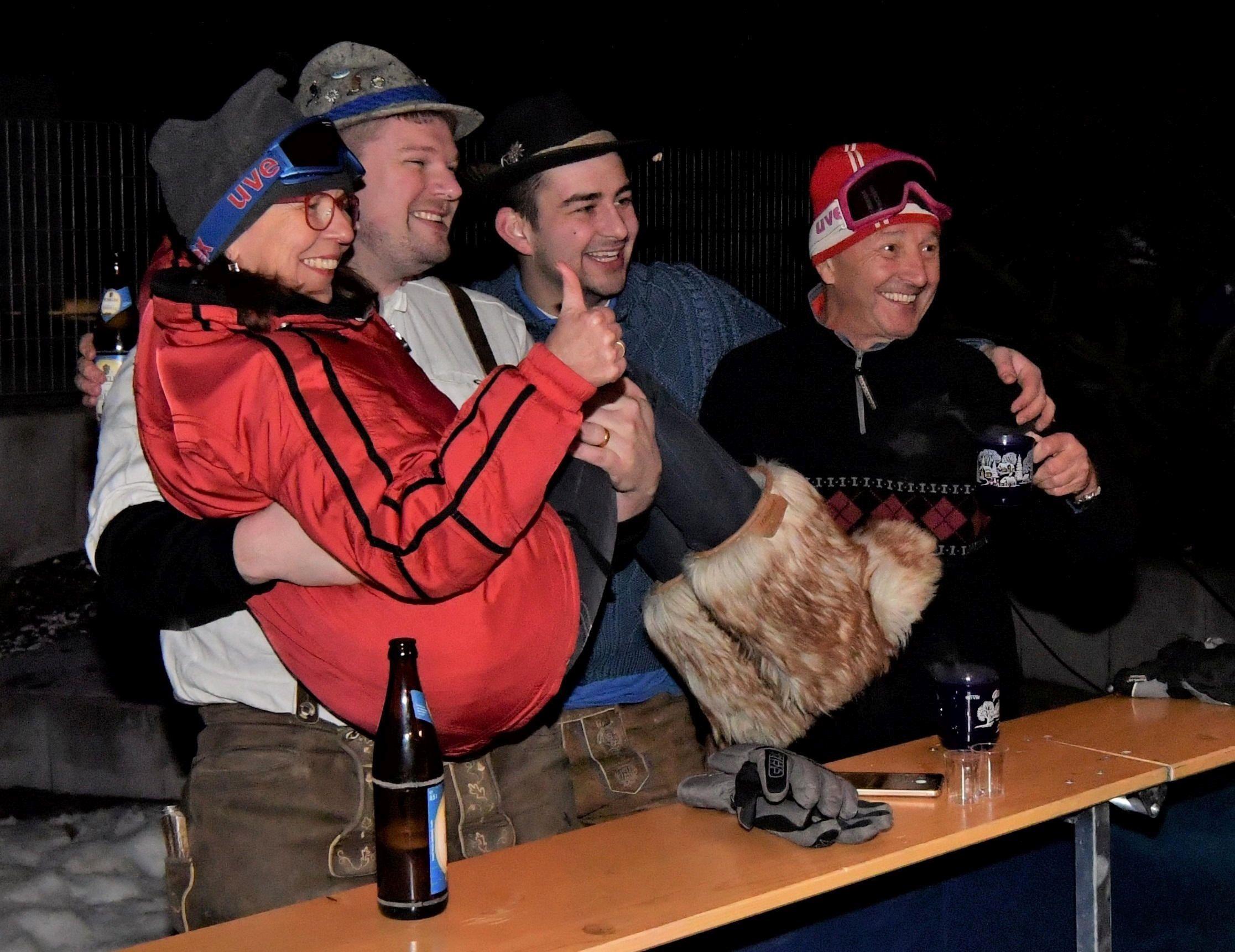 """""""Ein bisschen Gaudi muss sein"""", hätte das Motto der ersten Upo Hüttengaudi frei nach Roberto Blanco lauten können. Die Gäste der Après-Ski-Veranstaltung hatten jedenfalls ihren Spaß."""